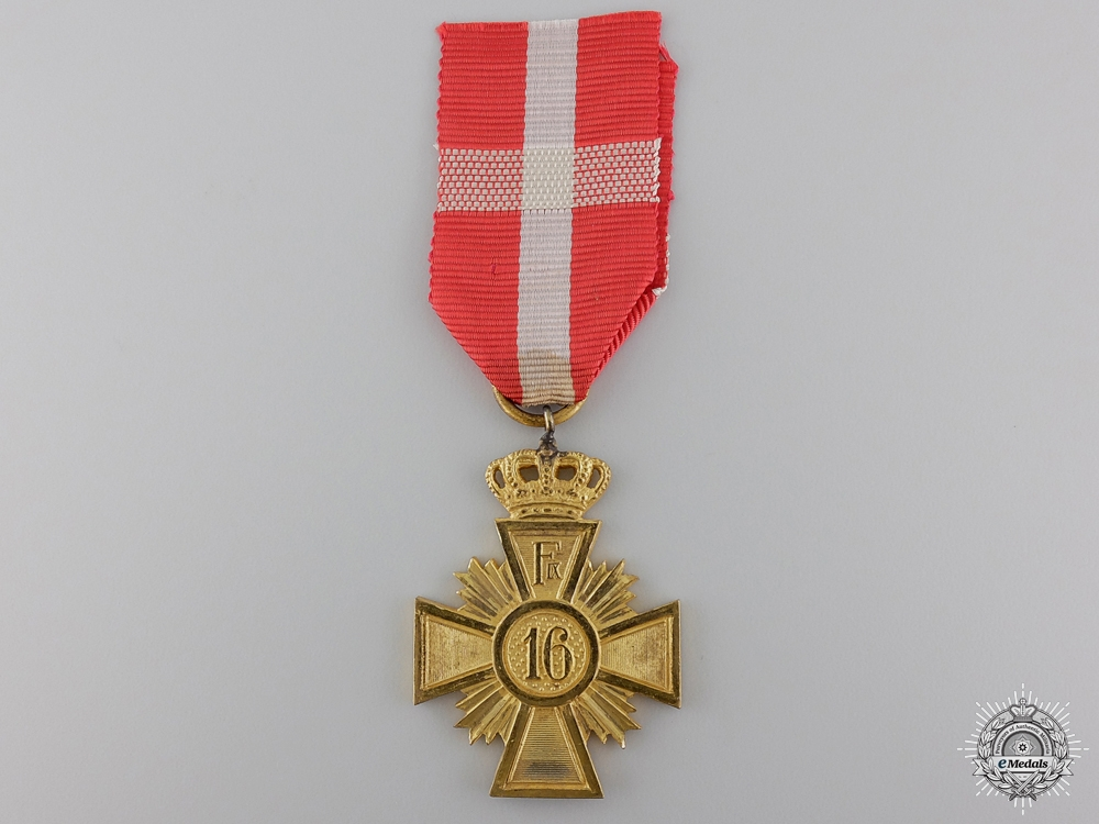 A Danish Army Long Service Award for 16 Years Service