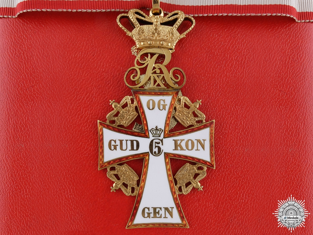 A Danish Order of Dannebrog in Gold by A. Michelsen