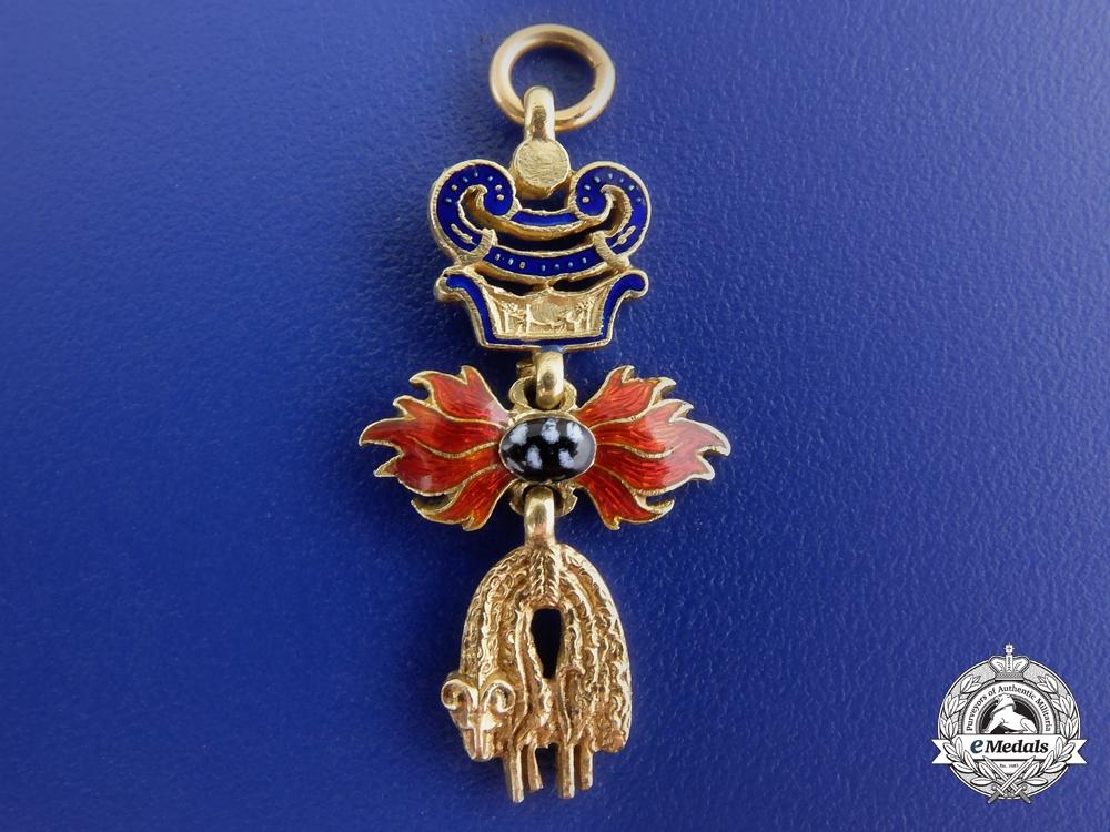 A Fine Miniature Austrian Order of the Golden Fleece in Gold