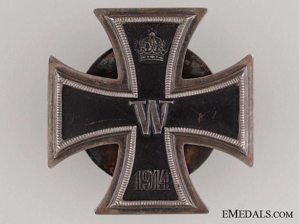 A Fine Quality Screw Back Iron Cross 1st Class 1914