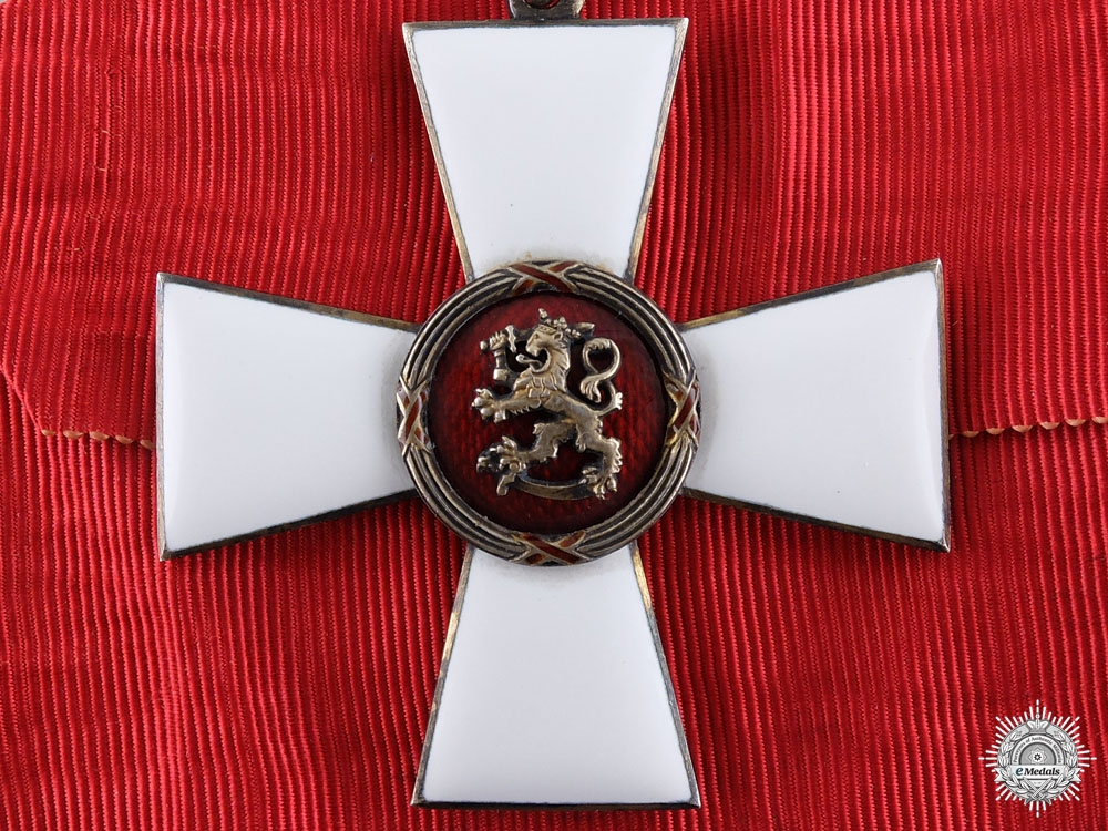 A Finnish Order of the Lion; Commander's Neck Cross