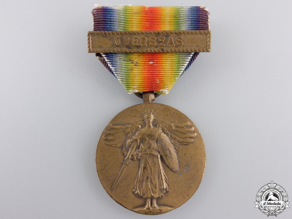 A First War American Victory Medal; Overseas Clasp