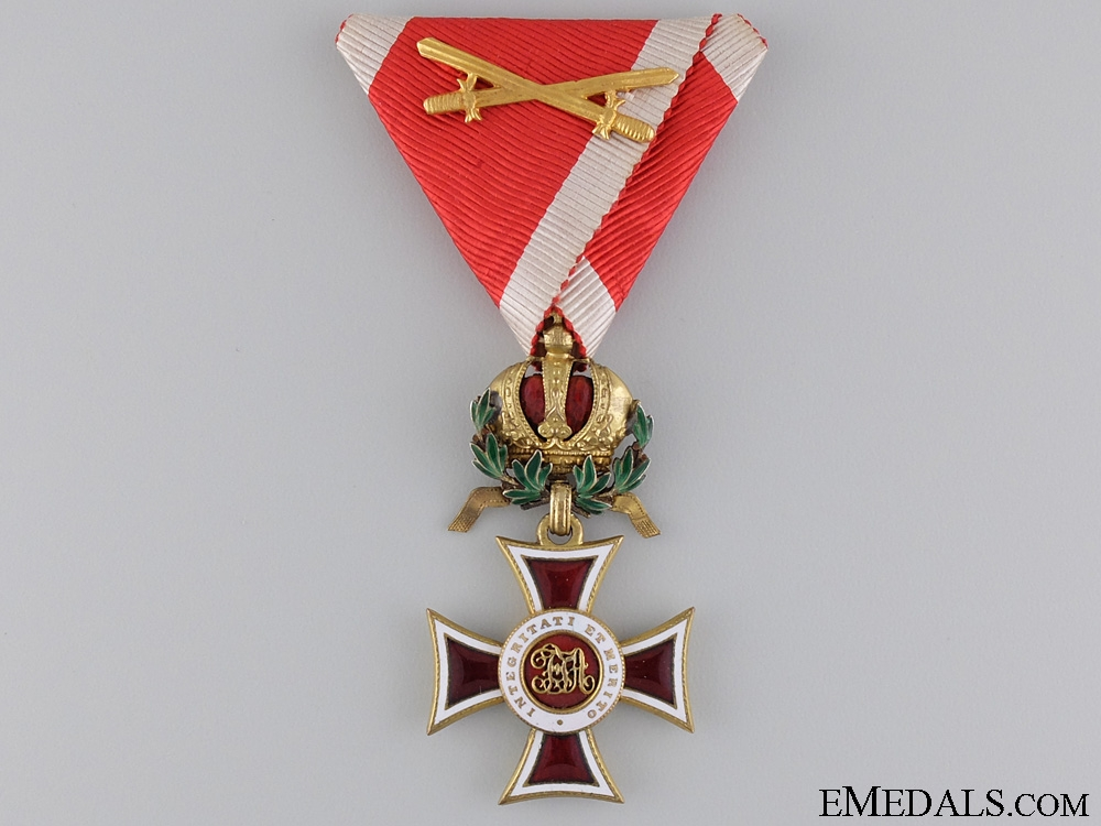 A First War Austrian Order of Leopold; War Decoration