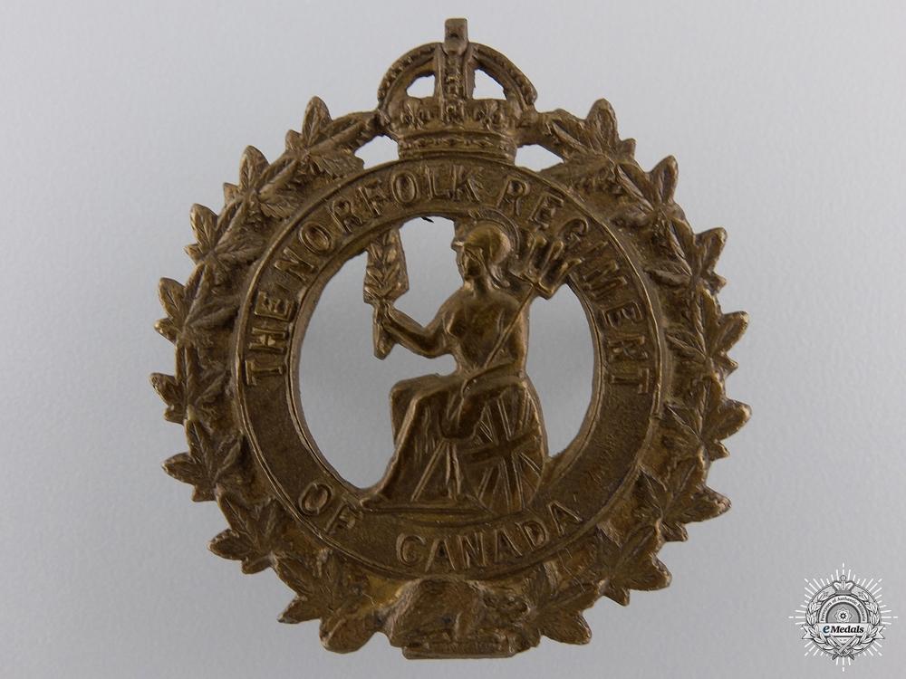 A First War Norfolk Regiment of Canada Cap Badge