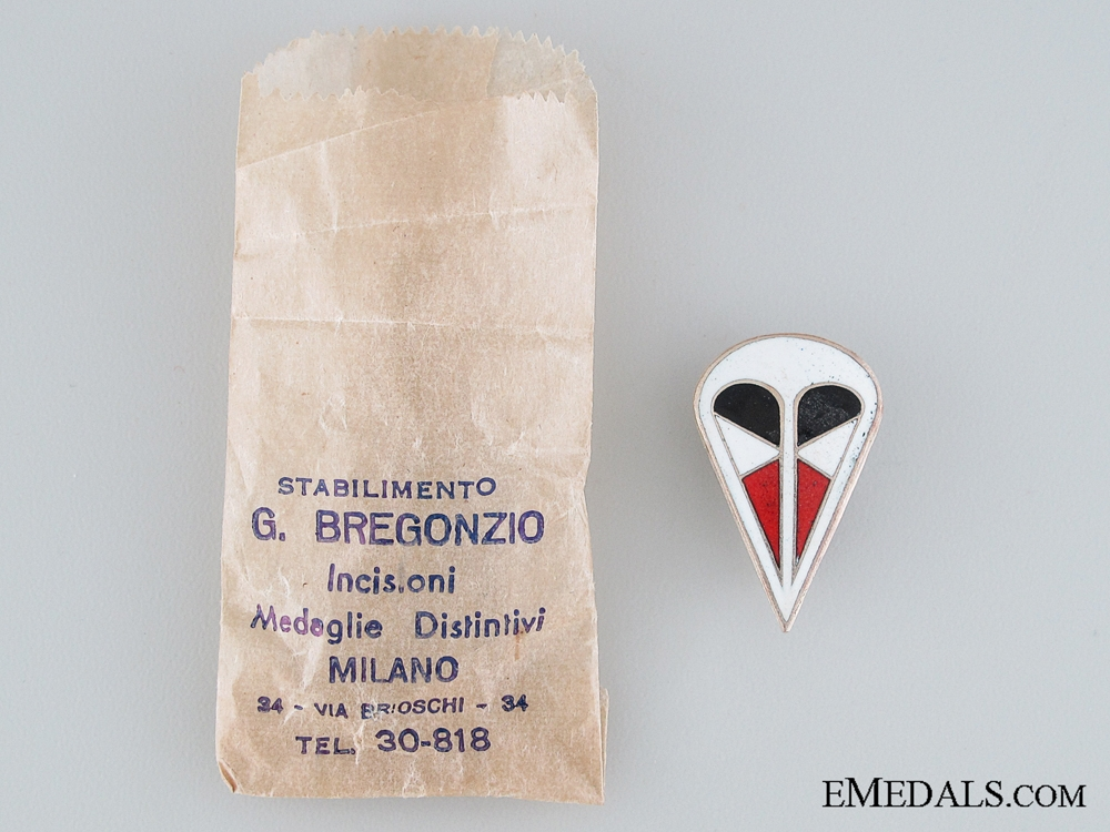 A German 1st Parachute Corps Cap Badge