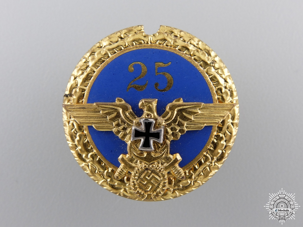 A German Kriegsmarine Organization Badge
