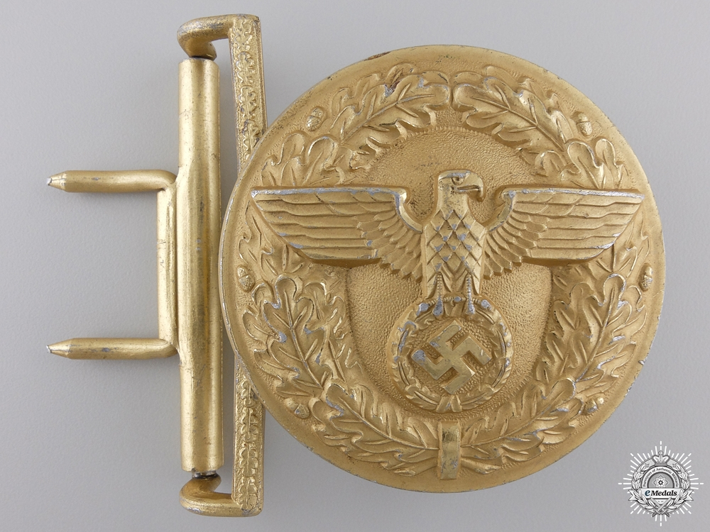 A German Political Leader's Belt Buckle by Friedrich LindenFRIEDRICH LINDEN, LÜDENSCHEID