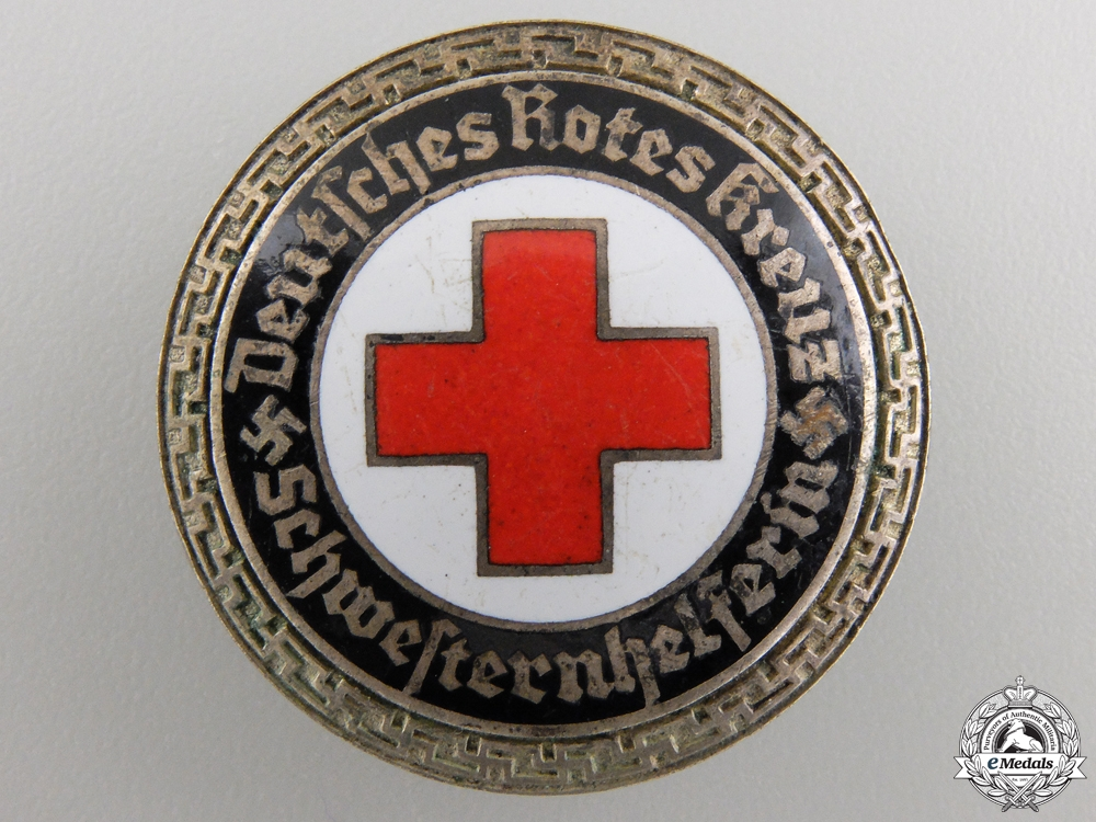 A German Red Cross Nurse's Senior Helper Service Brooch