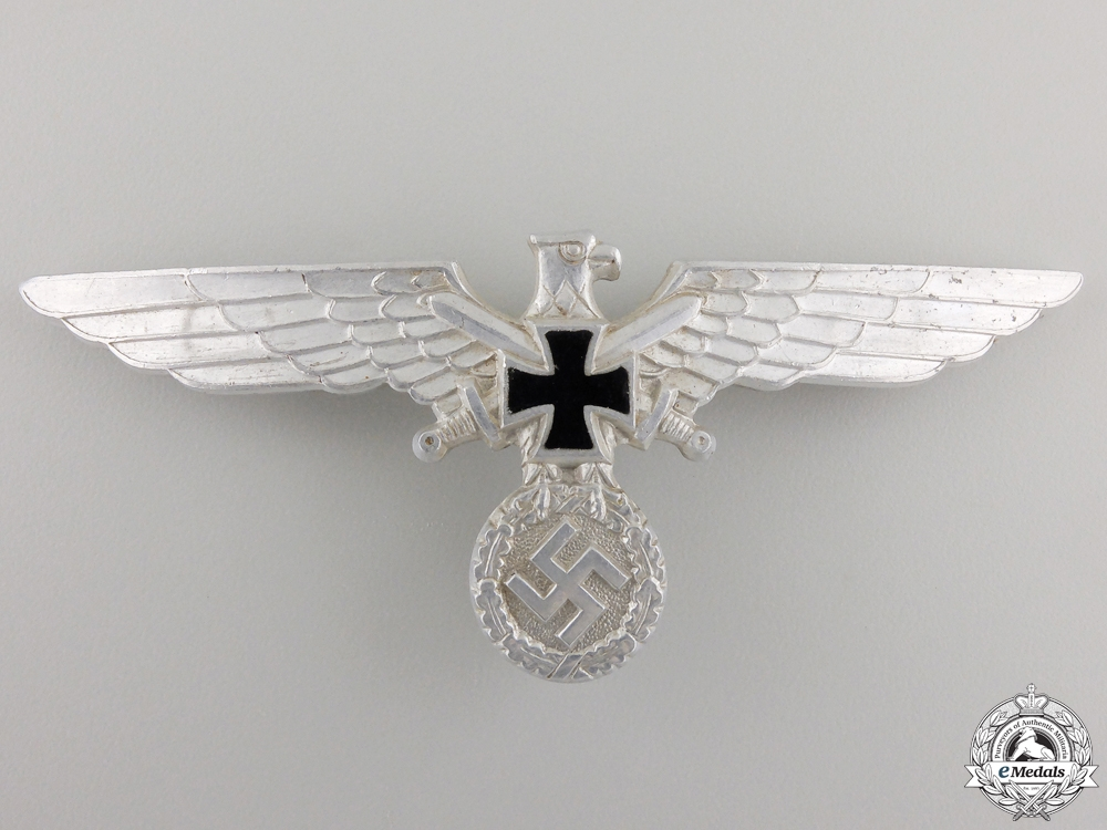 A German Veteran's Association (Deutscher Kriegerbund) Eagle; Type I