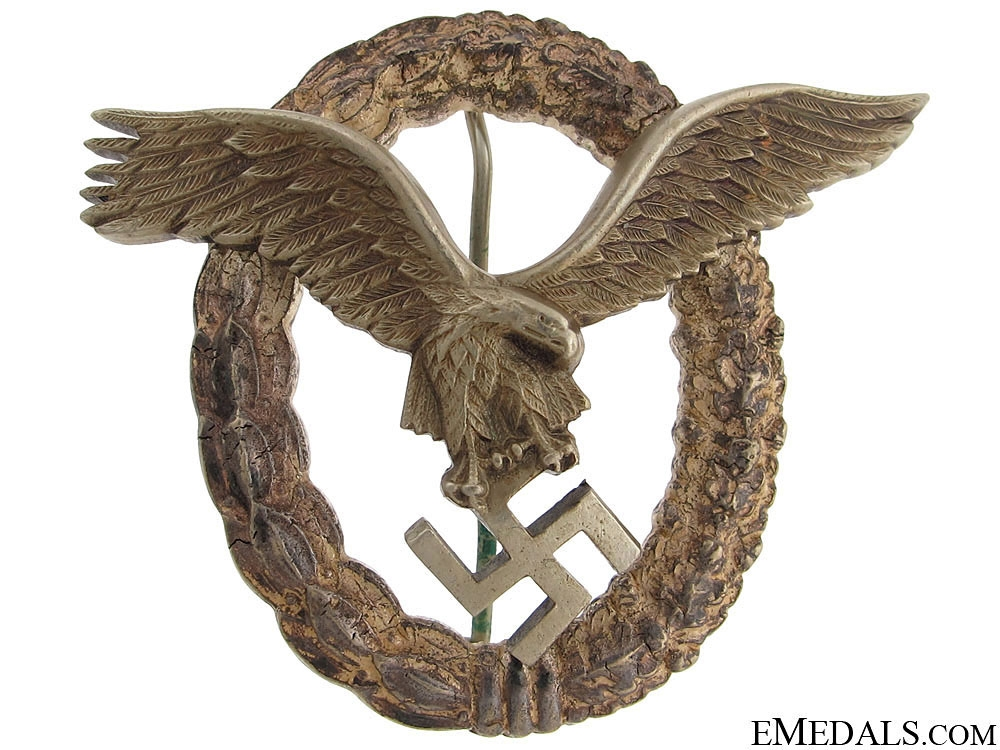 A German WWII Pilot's Badge