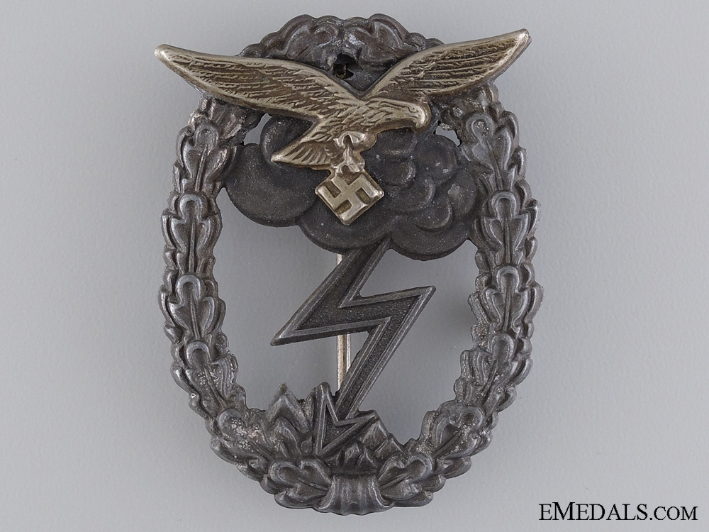 A Ground Assault Badge; Unmarked