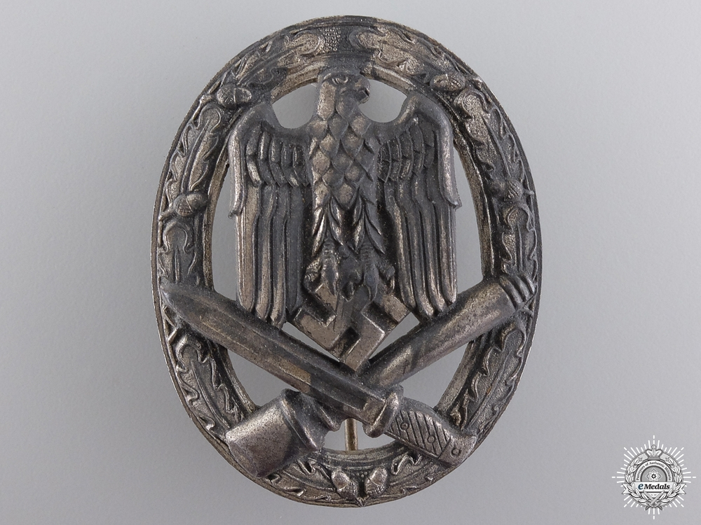 A Heer General Assault Badge