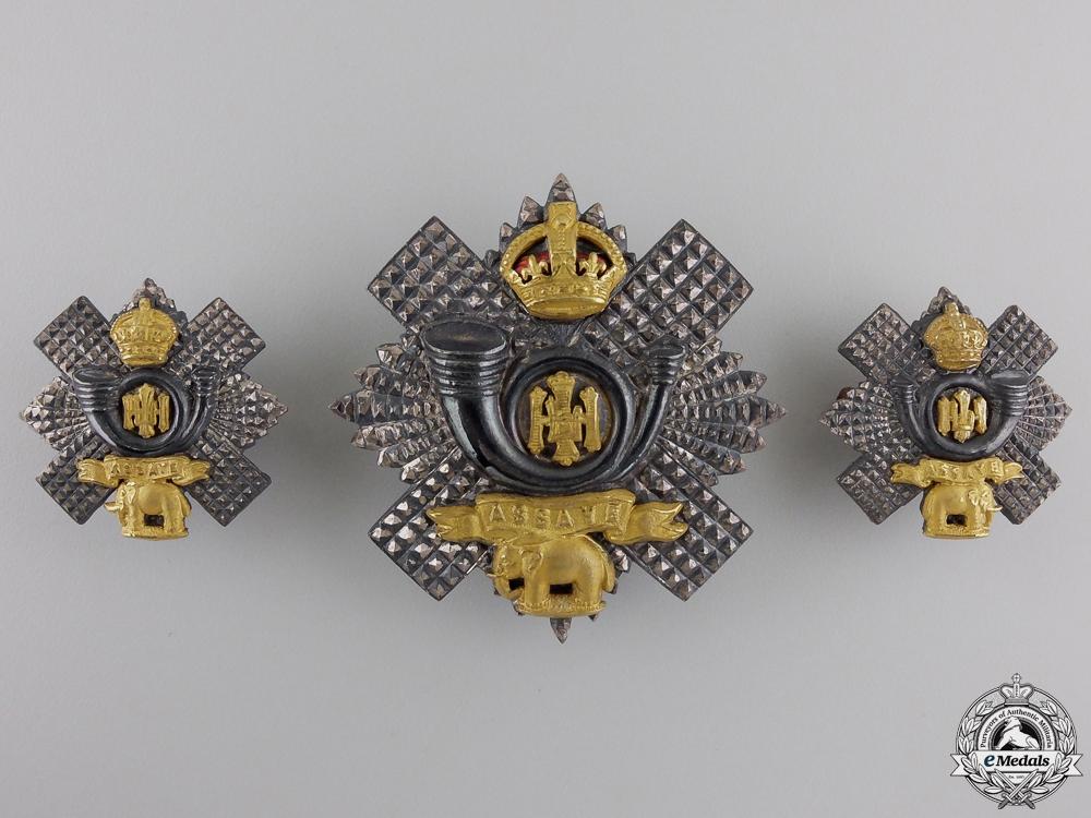 A Highland light Infantry Officer's Insiginia Set