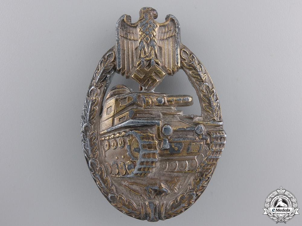 A Late War Tank Assault Badge; Silver Grade