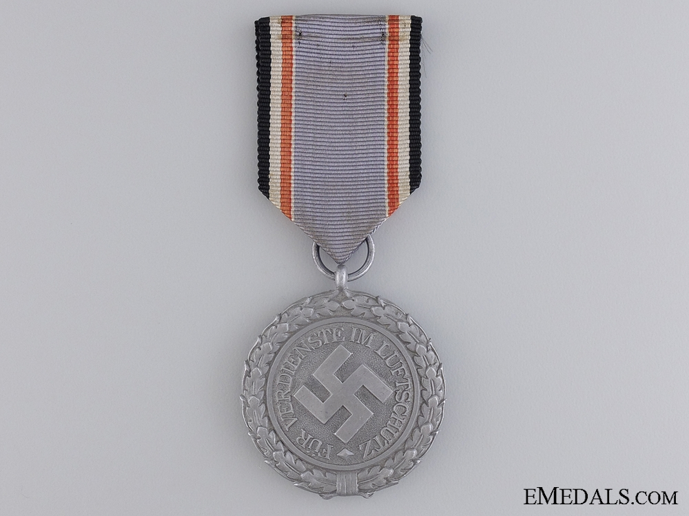 A Luftwaffe Air Defense Decoration; 2nd Class