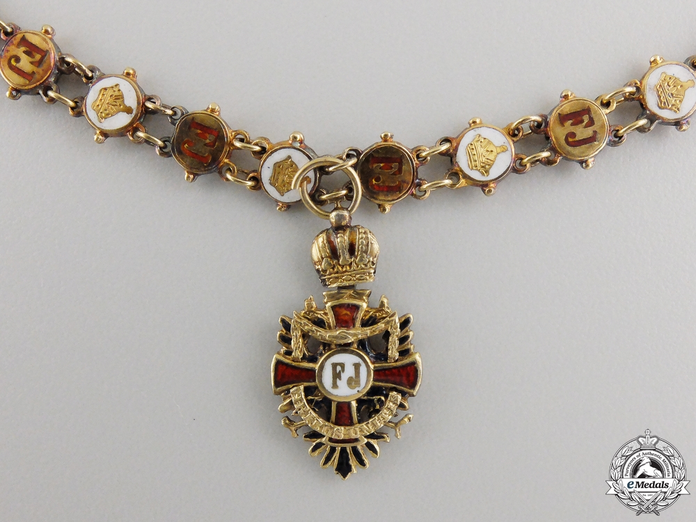 A Miniature Austrian Order of Franz Joseph Cross in18k Gold