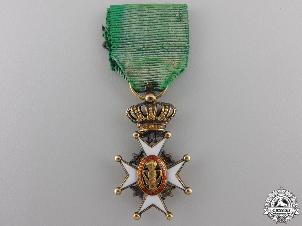 A Miniature Swedish Order of Vasa in Gold
