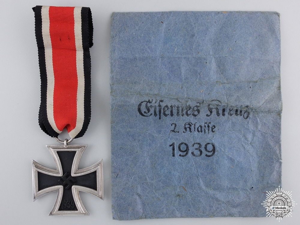 A Mint Iron Cross Second Class 1939 by Klein and Quenzer