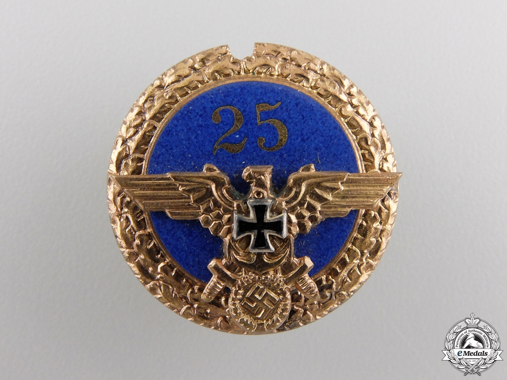 A NS-RKB Veteran 25 Year Membership Badge
