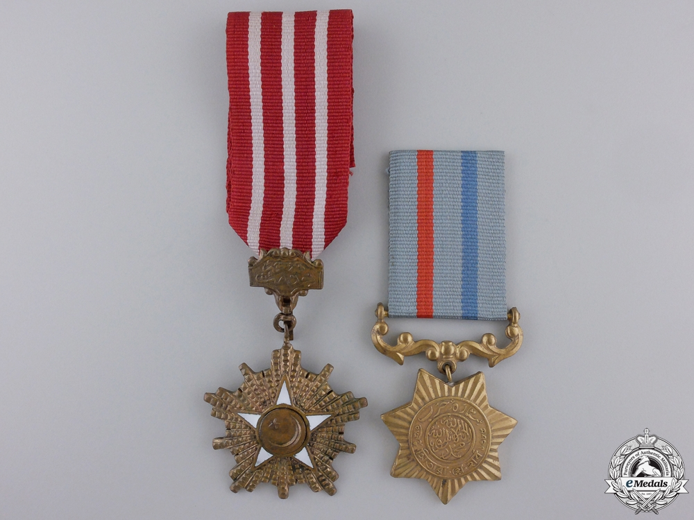 A Pair of Pakistani Medals and Awards