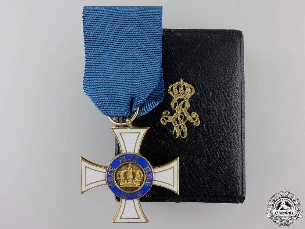 A Prussian Order of the Crown 1867-1918 in Gold with Case