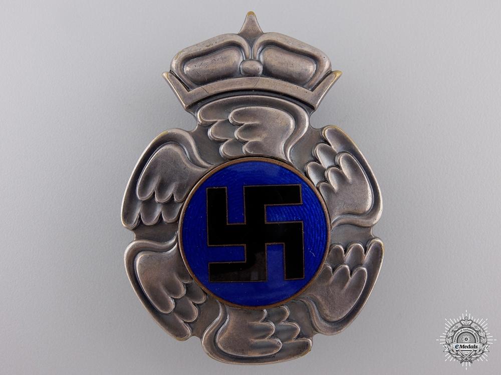 A Scarce Second War Finnish Pilot's Badge