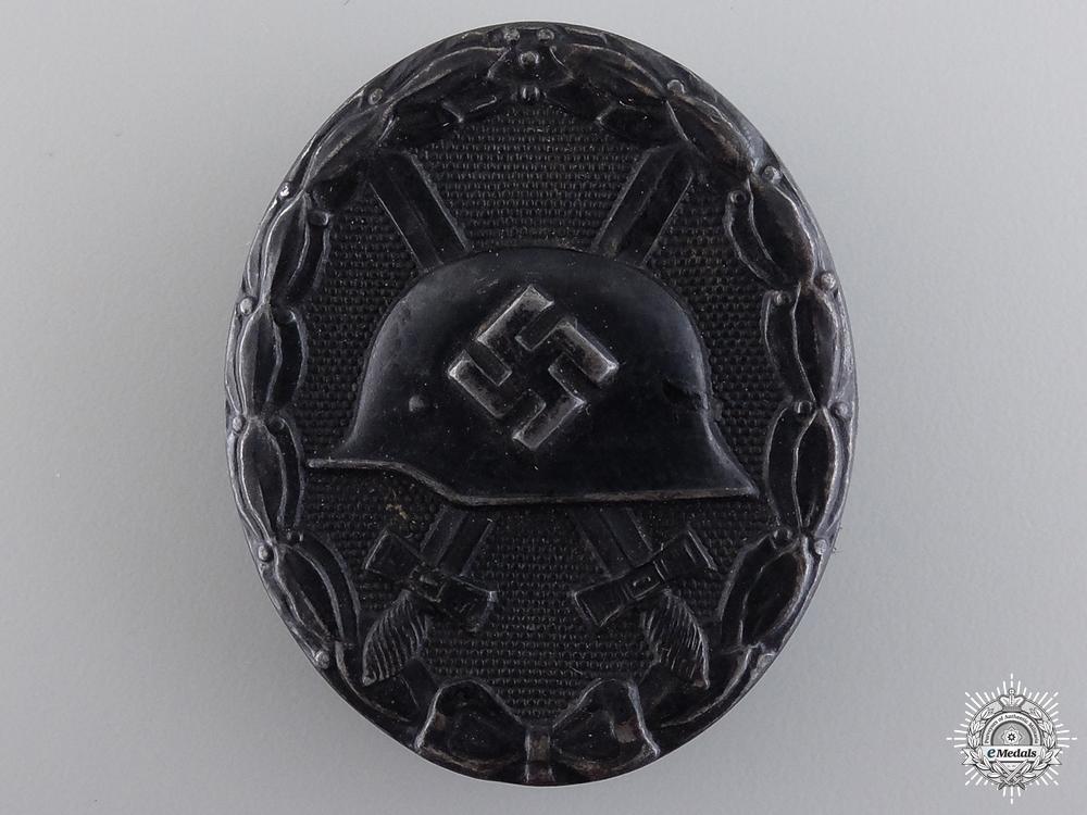 A Second War Black Grade Wound Badge