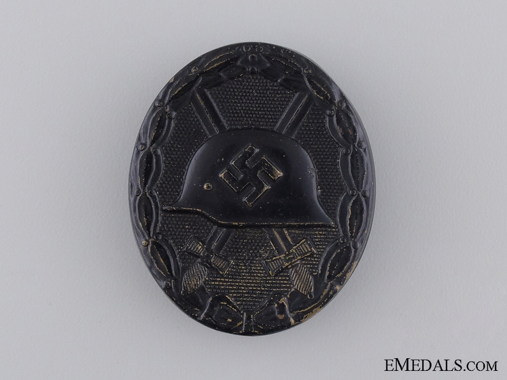 A Second War German Wound Badge; Black Grade