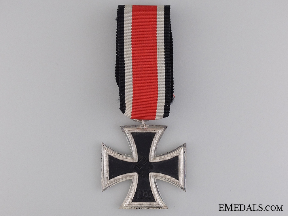 A Second War Iron Cross 2nd Class 1939 by S & L
