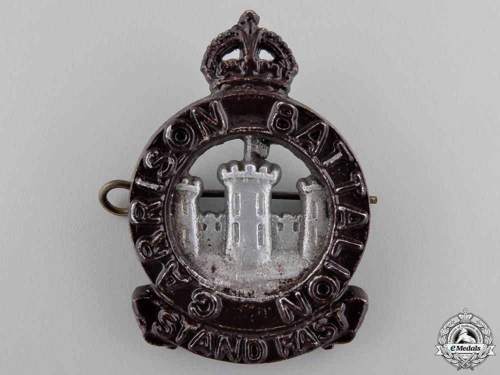 A Second War Officer's Garrison Battalion Cap Badge
