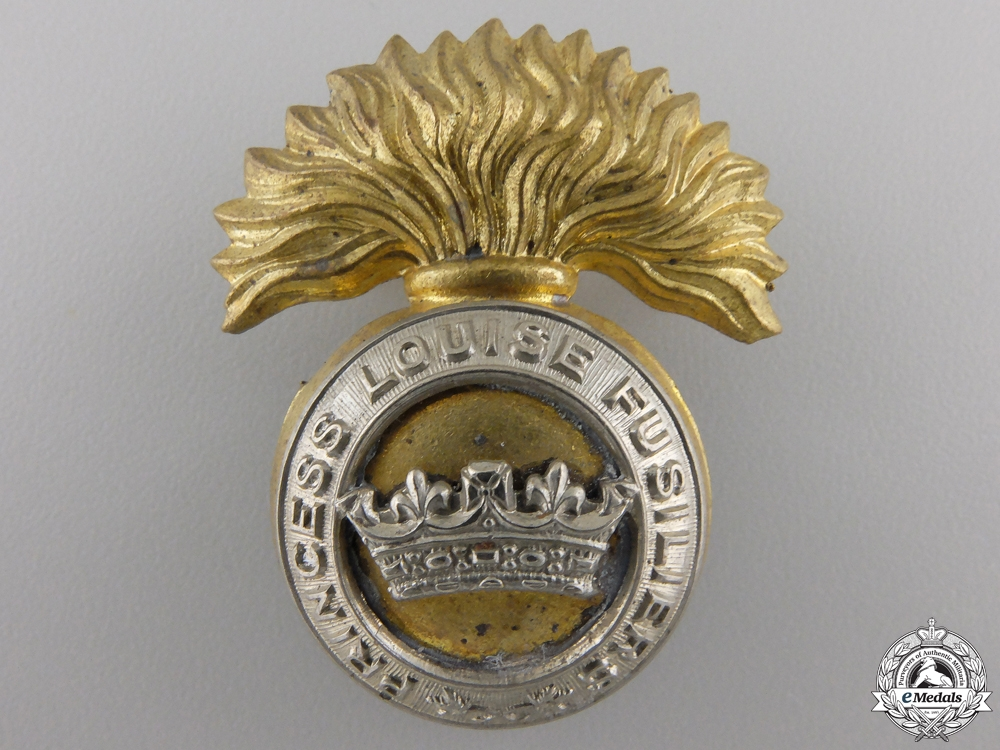 A Second War Princess Louise Fusiliers Cap Badge