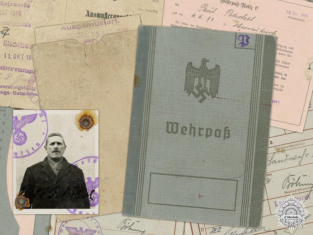 A Second War Wehrpass to Paul Petschel