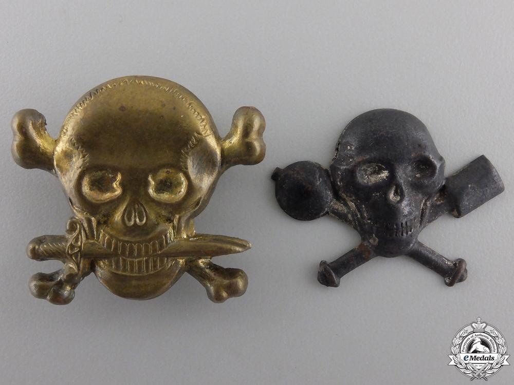 A Set of Italian Republic Collar Badges