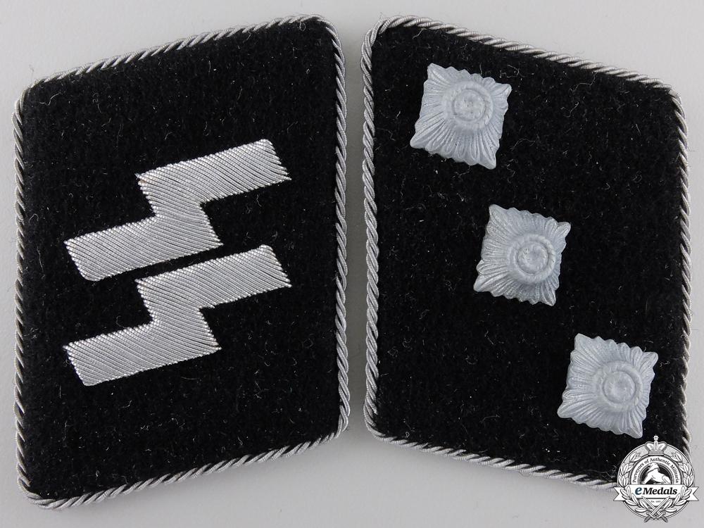 A Set of SS-Untersturmführer Collar Tabs