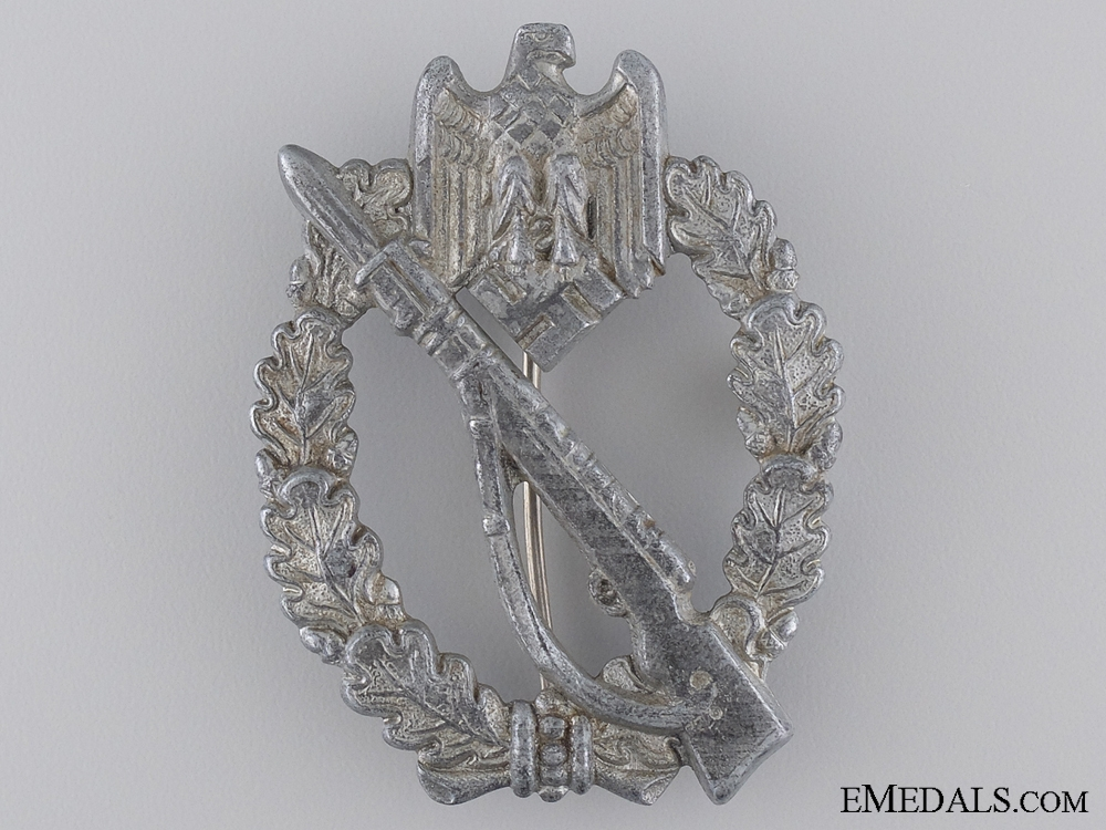 A Silver Grade General Assault Badge by S.H.u.Co. 41