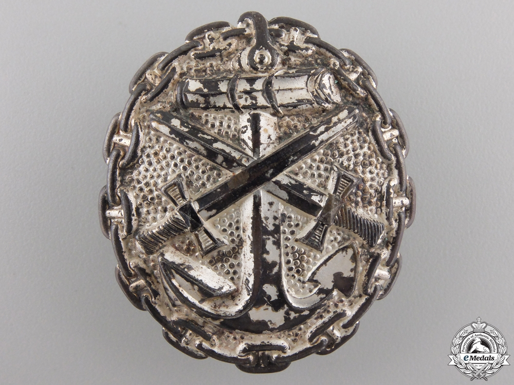 A Silver Grade Naval Wound Badge