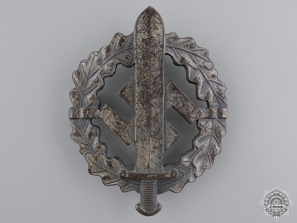 A Silver Grade SA Defense Badge by W.Redo
