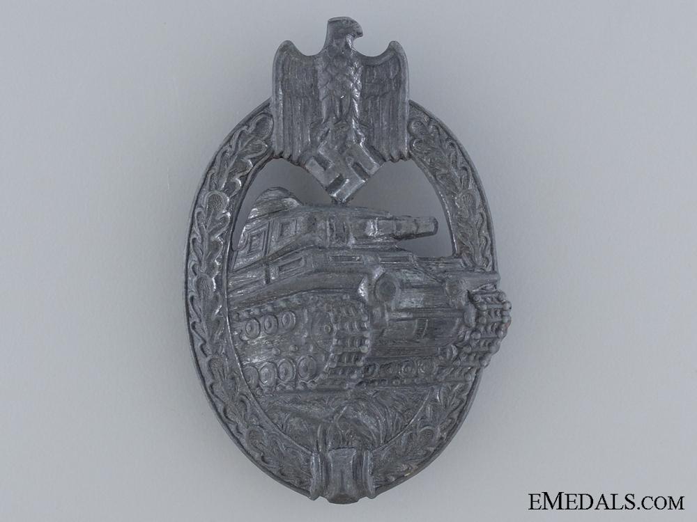A Silver Grade Tank Badge by SA