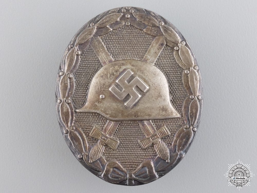 A Silver Grade Wound Badge by Hauptmnzamt