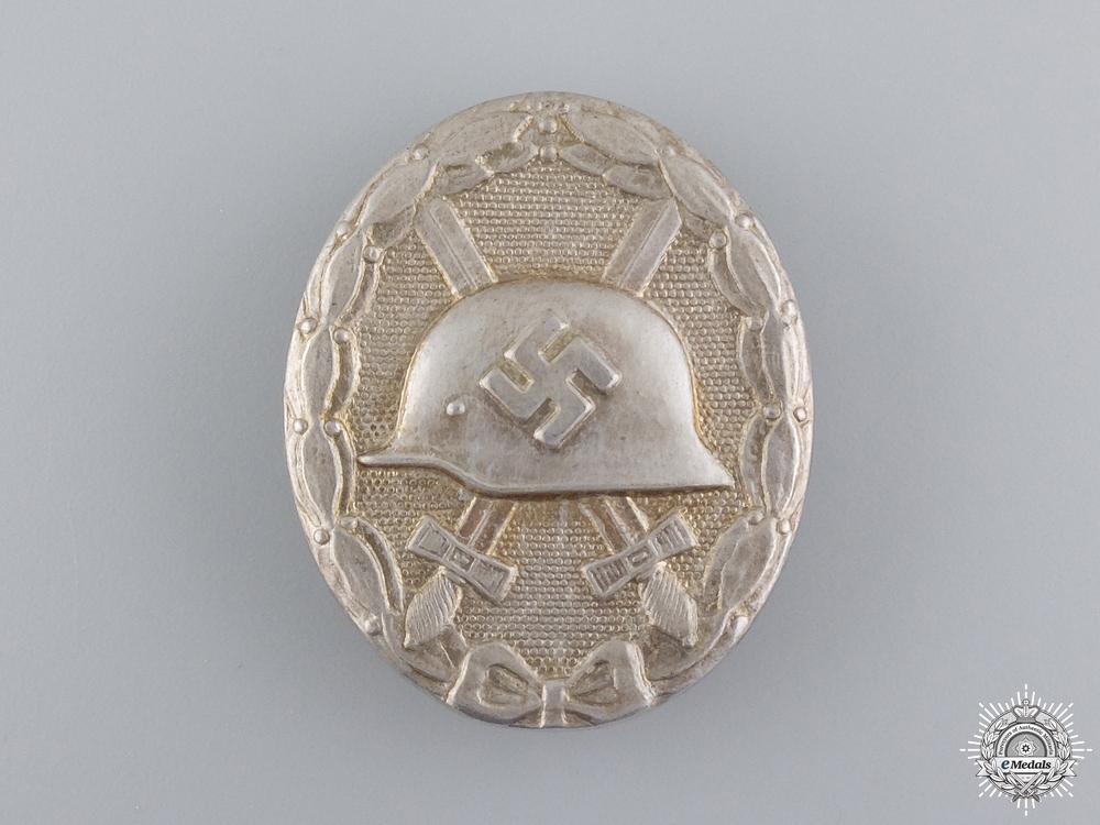 A Silver Grade Wound Badge by Ferdinand Hoffstätter