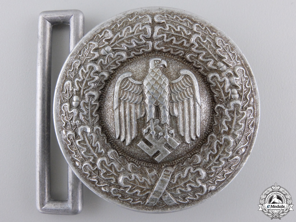 A Wehnrmacht (Army) Officer's Belt Buckle