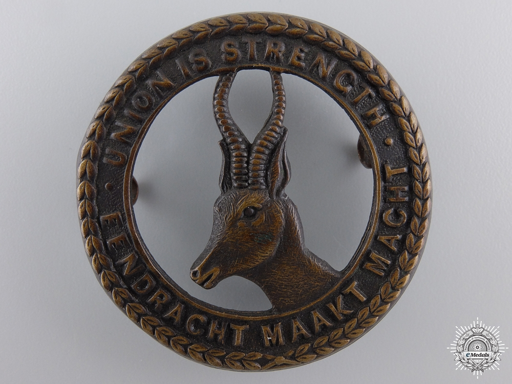 A WWI South African Infantry Corps Cap Badge