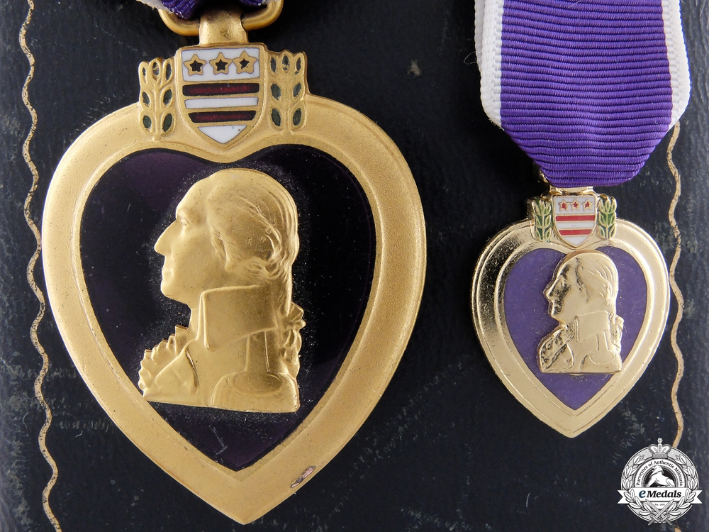 An American Second War Purple Heart with Miniature & Case