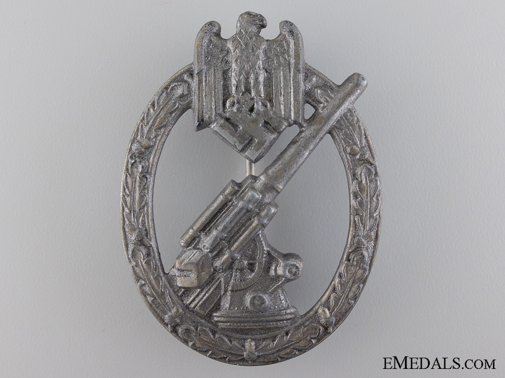 An Army (Heer) Flak Badge by C.E. Juncker