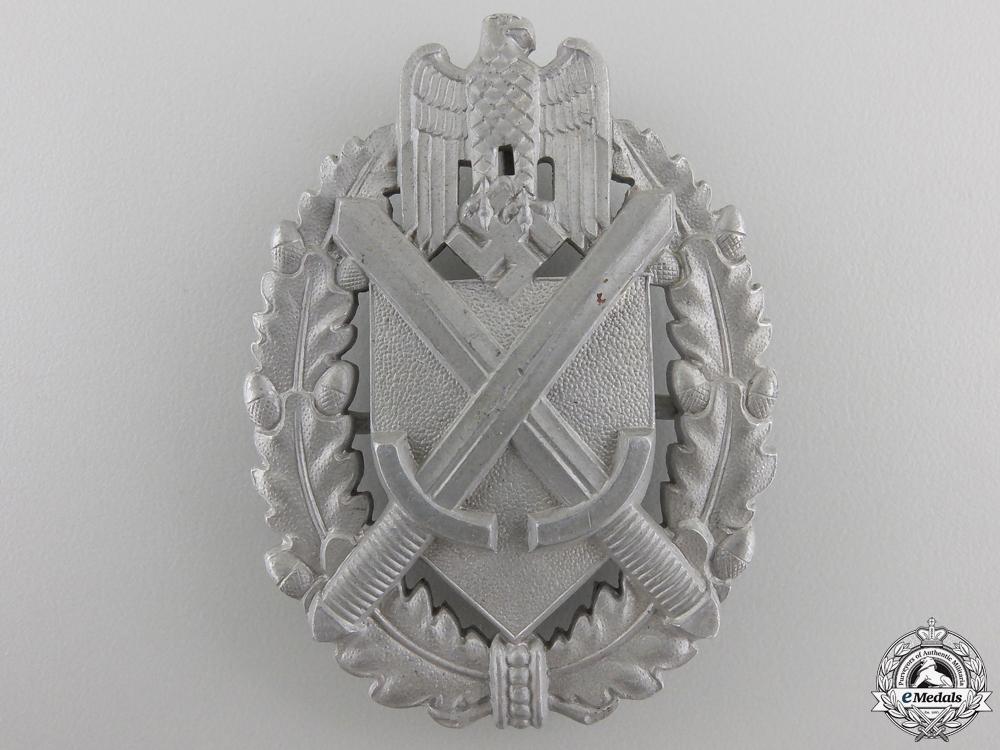 An Army Lanyard Shooting Badge