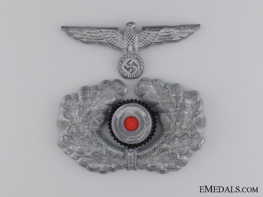 An Army Visor Wreath and Cockade with Eagle