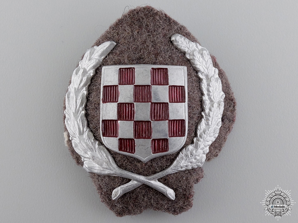 An Early Croatian Army Officers Cap Badge