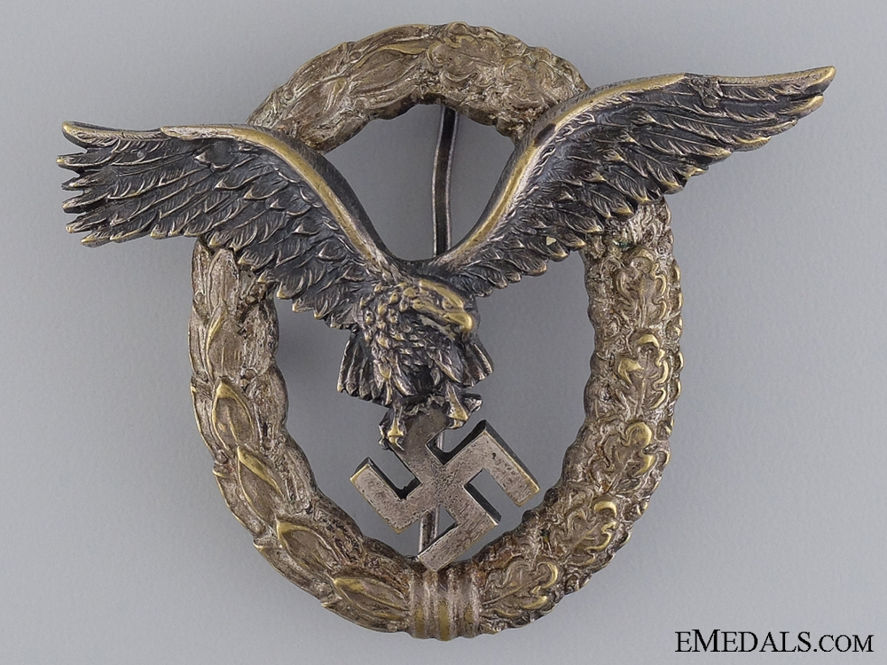 An Early Pilots Badge by Juncker
