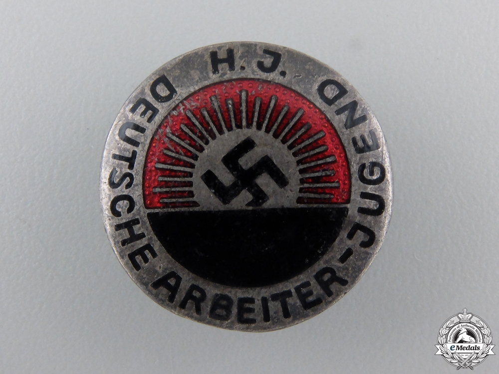 An HJ Membership Badge; Type I