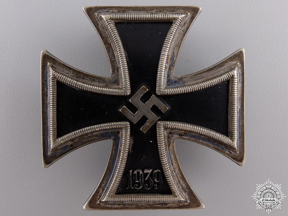 An Iron Cross First Class 1939; Brass Core